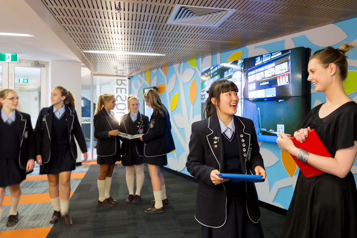 A vibrant school community utilising the library